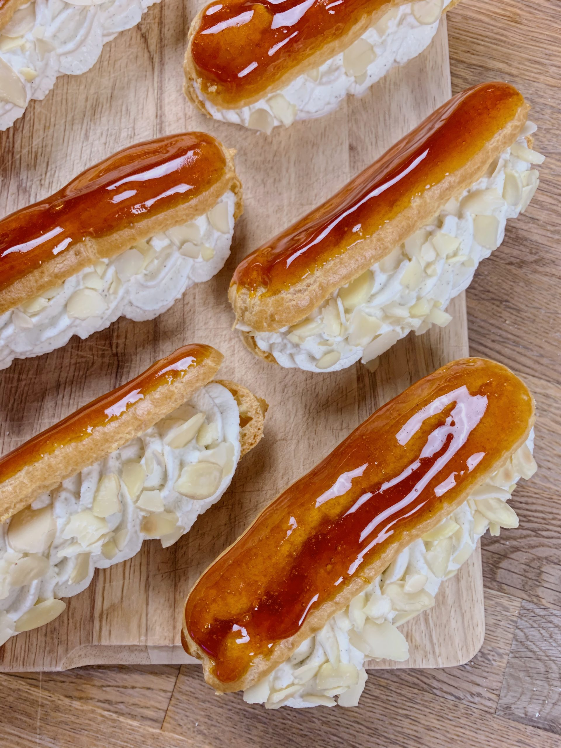 recette-eclairs-chantilly-caramel-cap-patissier-cook-and-record
